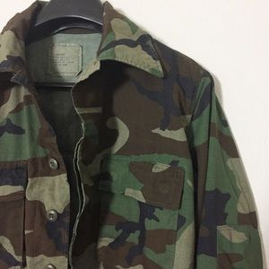 VTG Camo Light-Weight Army Jacket Size Small